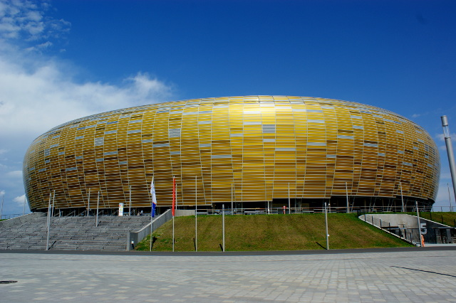 PGE_Arena_outside_1.jpg